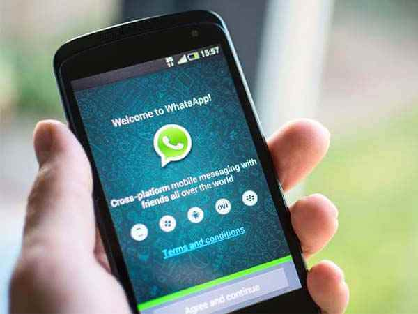 adding people to whatsapp group